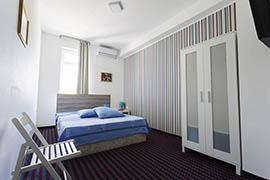Хотел Алби 8