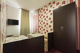 Хотел Алби 12
